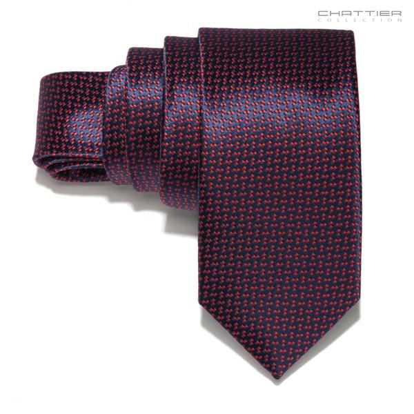 Bordo spalvos kaklaraištis