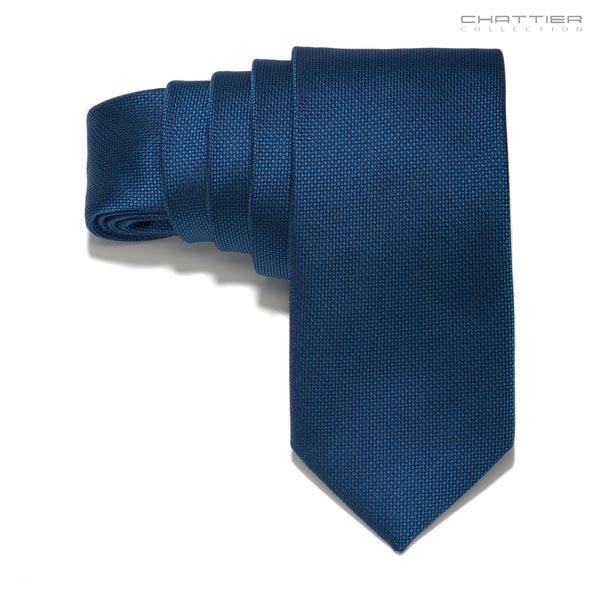 Tamsiai mėlynas kaklaraištis
